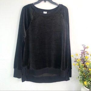 Cable & gage plush velour sweatshirt black jumper